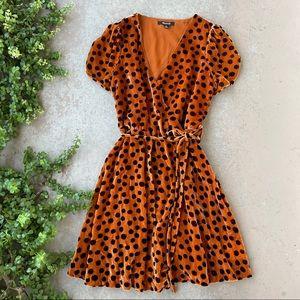 Madewell Velvet Wrap Dress in Leopard Dot, Size XS